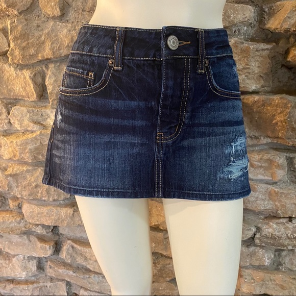 American Eagle Outfitters Dresses & Skirts - AMERICAN EAGLE MICRO-MINI SKIRT SIZE 0